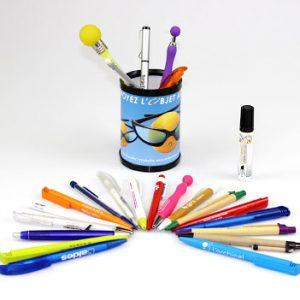Crayons de papier/couleur et stylos